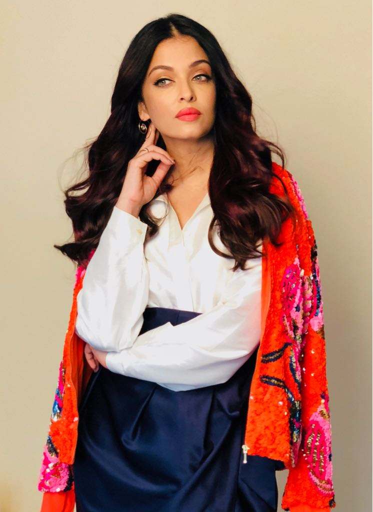 SPOTTED %E2%80%93 L%E2%80%99Or%C3%A9al Paris brand ambassador Aishwarya Rai Bachchan shows us how to master the perfect summer day-look makeup!