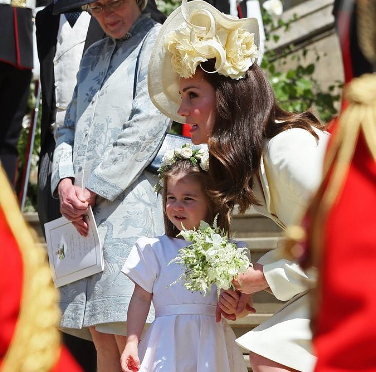 8 princess charlotte and kate middleton at meghan markle's wedding