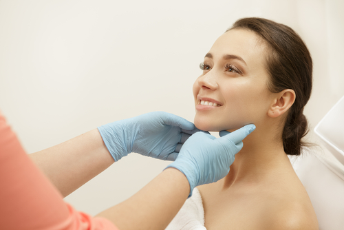 dermatologist  questions to ask your dermatologist  questions  skin woman getting diagnosis