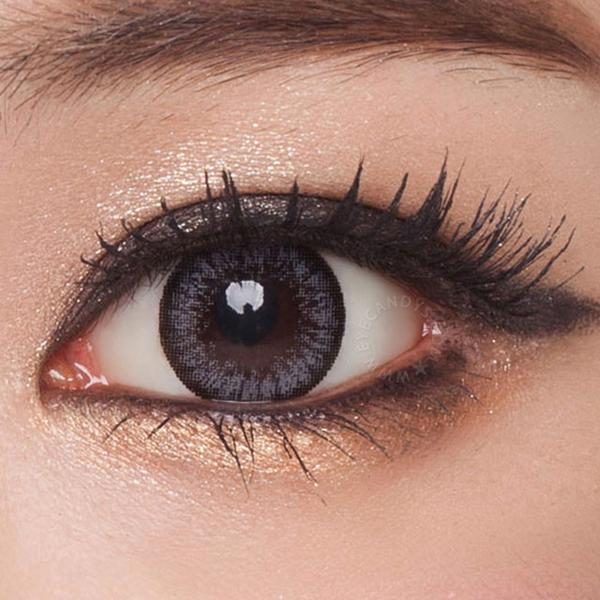 geo-fc725-fresh-brown-color-contacts-close 735a56a5-9f32-4f92-9e40-8d5cd1d16190 grande