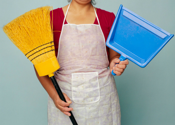 2016 1image 14 28 436600000broom-551a4fbcc1f98 l-ll