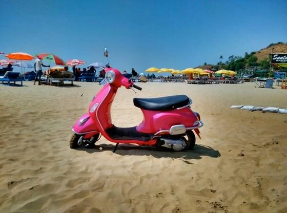 scooty-beach