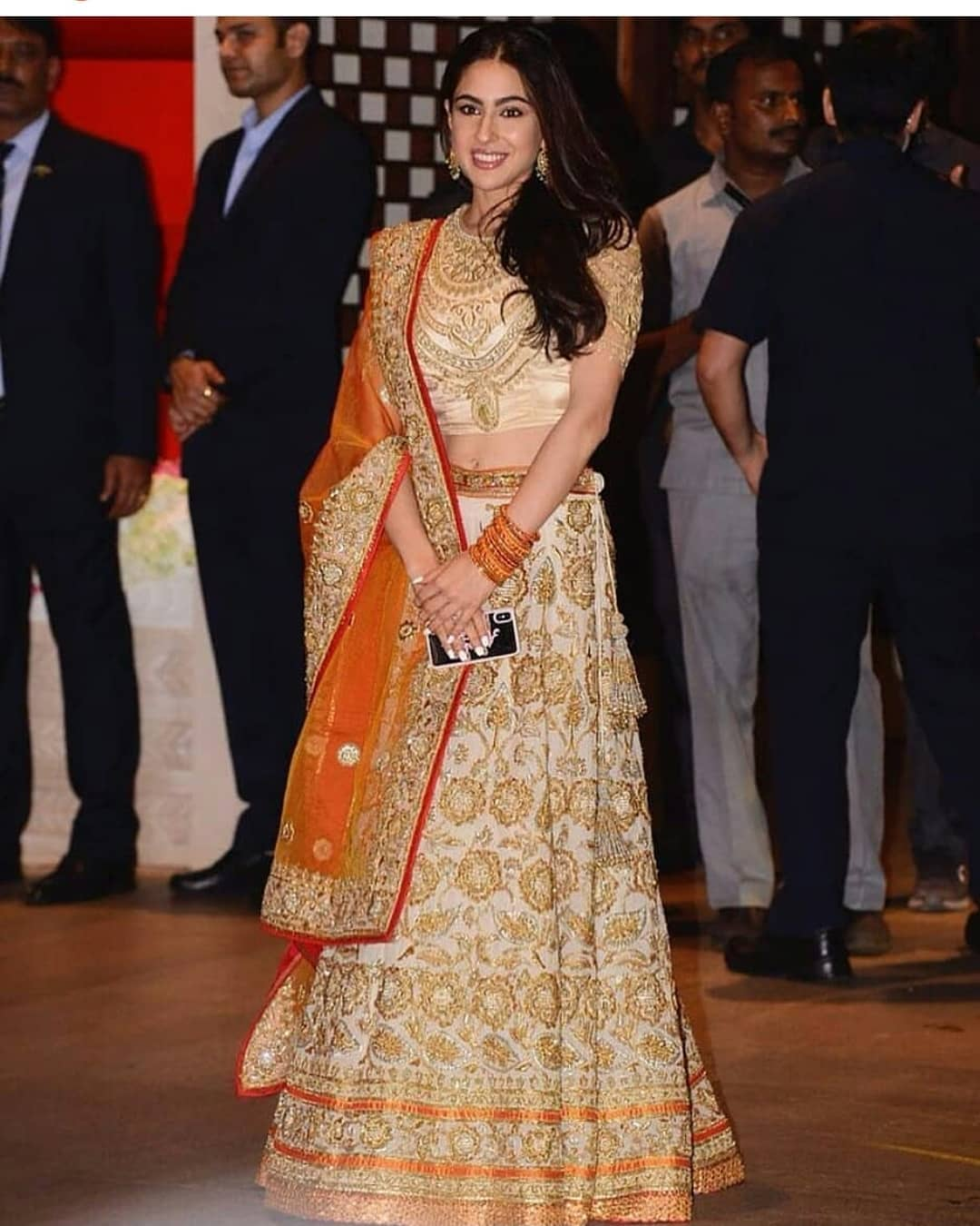 Sara ali khan in abu jani sandeep khosla  ambani engagement star kids vs parent