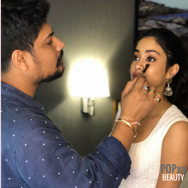 janhvi kapoor makeup look breakdown %281%29