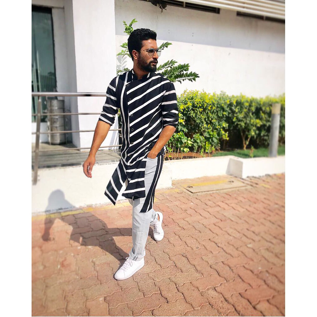 2 bollywood hero - vicky kaushal