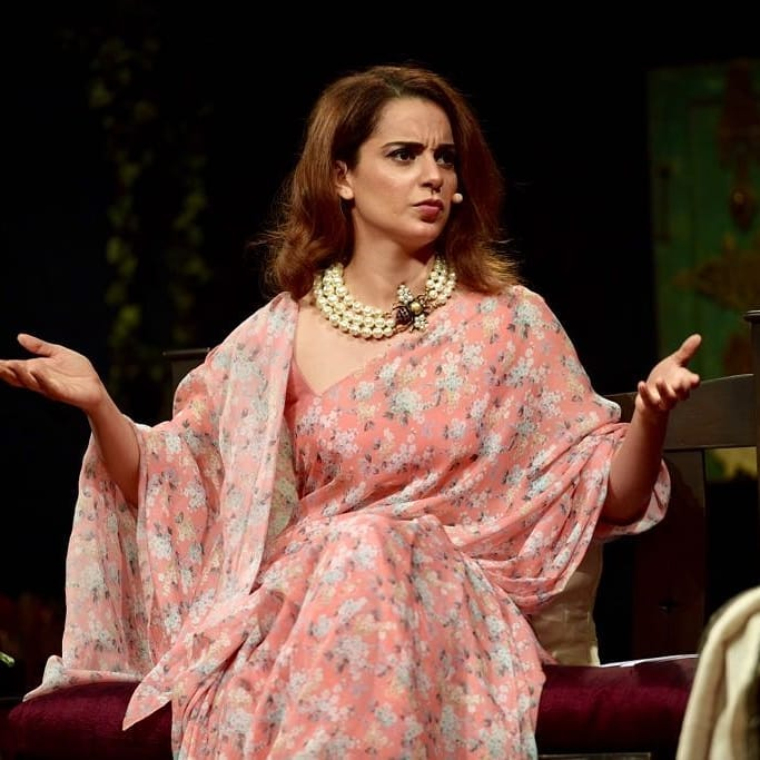 4 kangana ranaut - pearl necklace with bee pin
