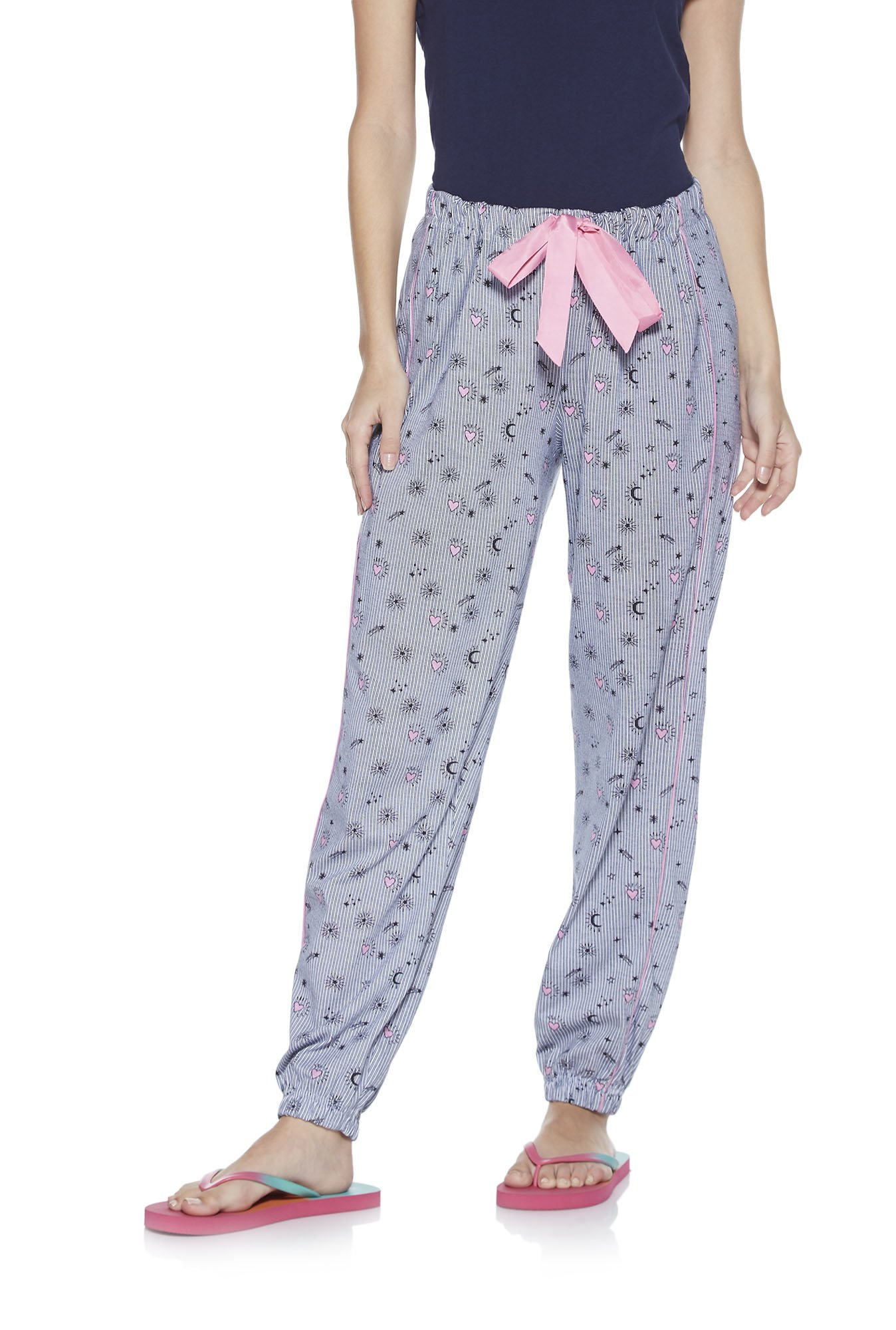 3 Loungewear Pieces That Will Be Your Perfect Weekend Buddies