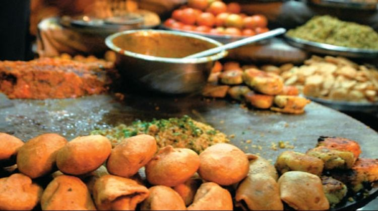 private-varanasi-street-food-walking-tour-with-ganga-tour-2-267015 1510029029