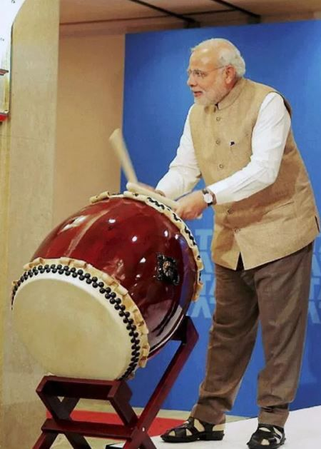 5 Narendra modi playing drums