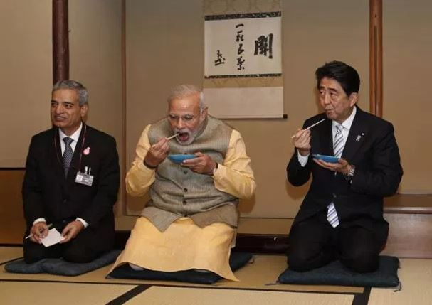 6 Narendra modi eating with chopsticks