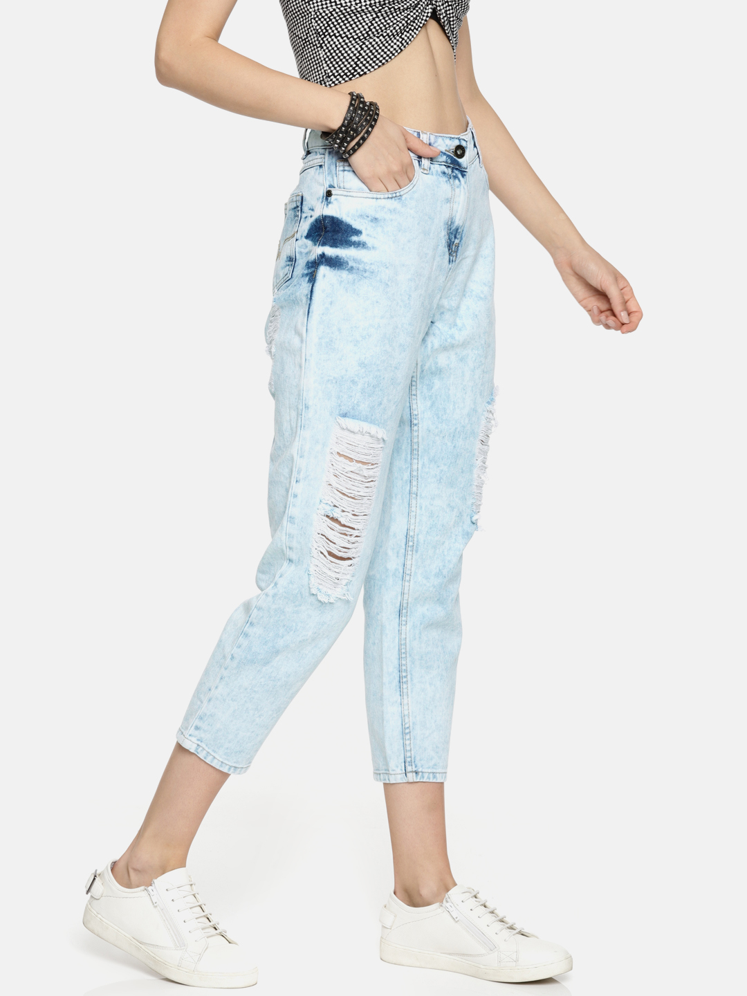 2 priyanka chopra - Women Blue Boyfriend Fit Mid-Rise Mildly Distressed Cropped Jeans