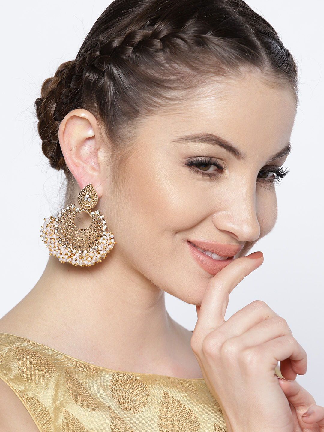 2 anushka sharma - Off-White Antique Gold-Plated Crescent Shaped Chandbalis