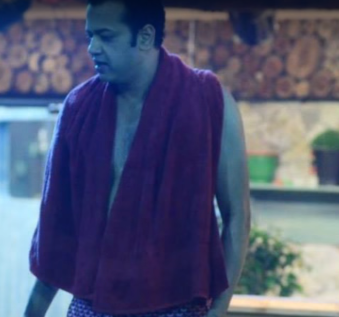 Biggest Controversies From The Bigg Boss House - rahul mahajan and dimpy