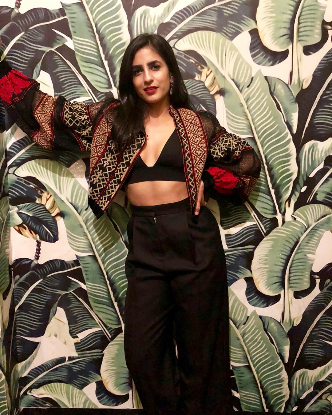 keerti kataria bolero jacket  stylish girls on instagram not bloggers