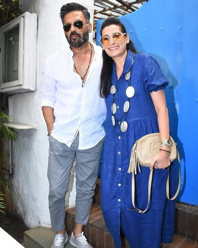 10 neha dhupia invited celebrity friends at her baby shower - suneil shetty at neha dhupia's baby shower