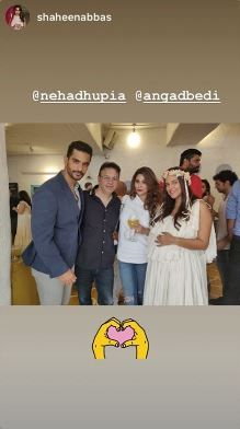 4 neha dhupia invited celebrity friends at her baby shower - neha dhupia and angad bedi with friends at her baby shower