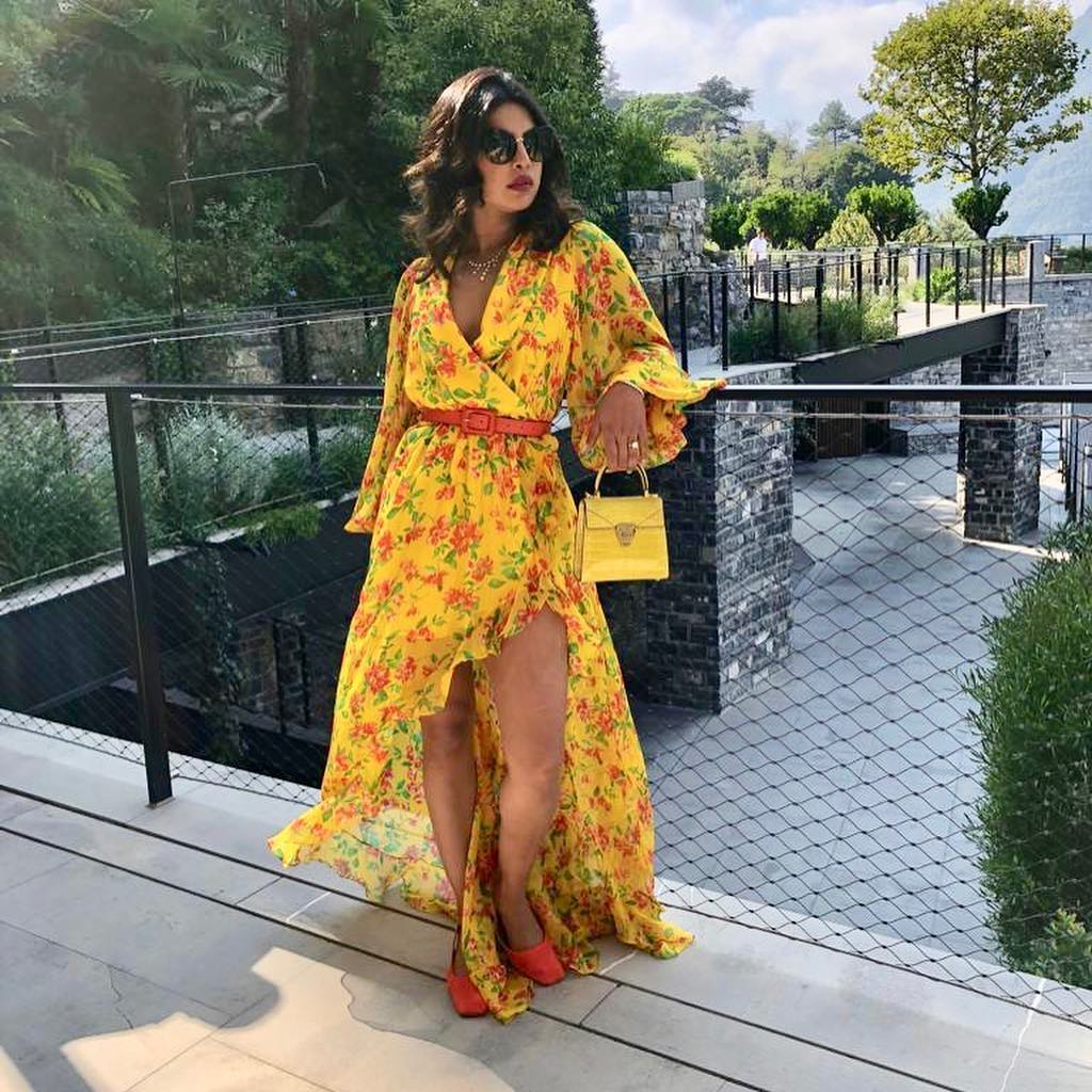 makeup for bright outfits  makeup  lipsticks  yellow dress  best  Matching your makeup  clothes 10