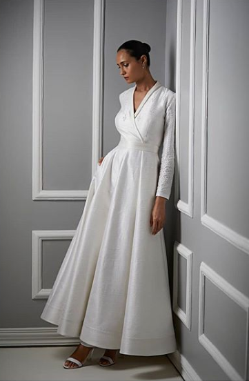 Anita-Dogre-white-wedding-gown-fit-and-flare