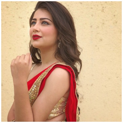 Navratri-fashion-aditi-bhatia-saree-look