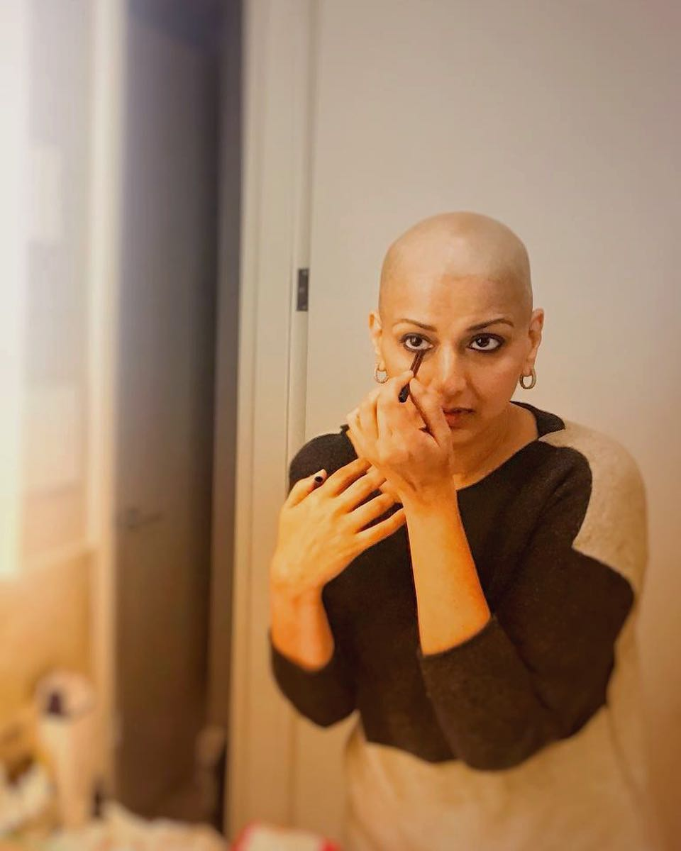 Sonali Bendre Will Light Up Your Day As She Tries Out A New Wig- Sonali Bald