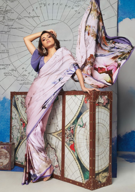 17-50-Saree-Designs-For-Diwali-roseprint-satyapaul
