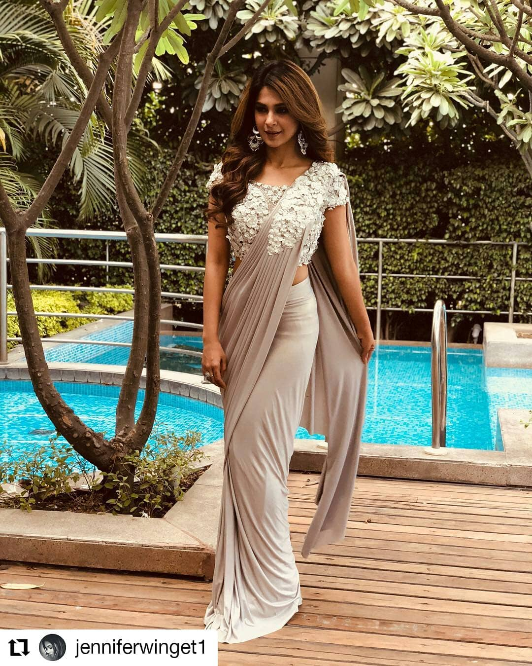 2-jennifer-winget-saree