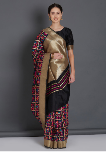 23-50-Saree-Designs-For-Diwali-blackkanjeevaram-myntra