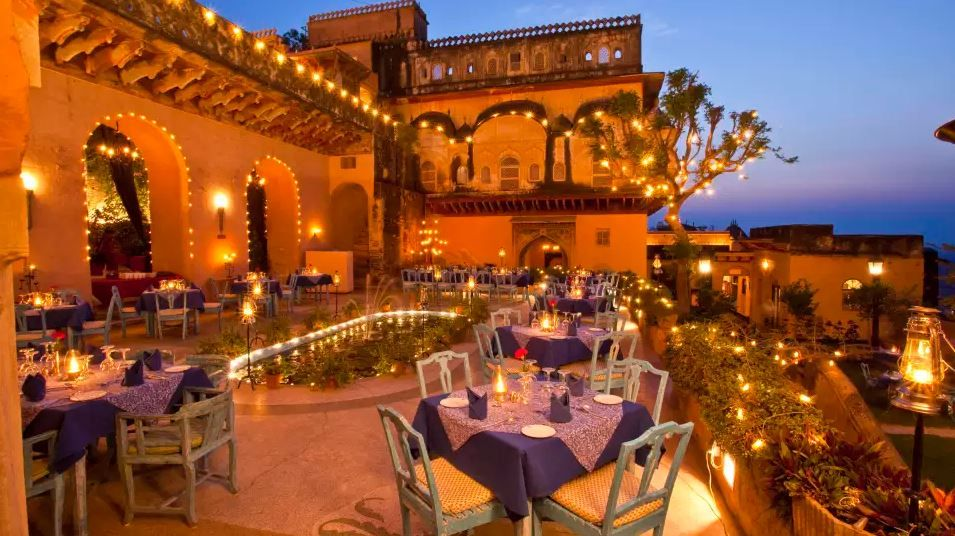 The Ultimate Guide To Neemrana Fort-Palace For A Perfect Weekend Getaway- Holi Kund