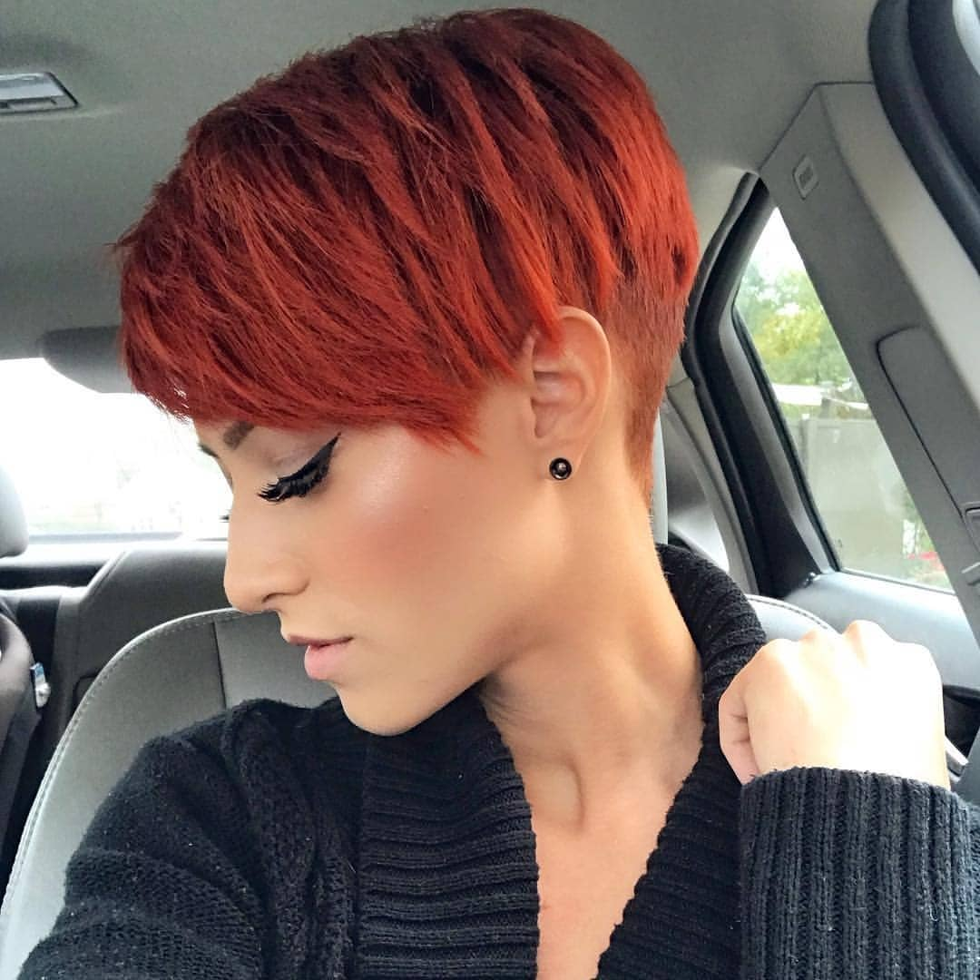 pixie hairstyle for round faces