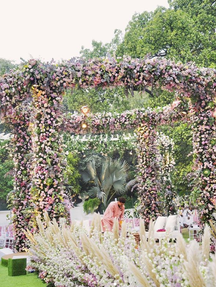 wedding-decorations-dlf-heiress-