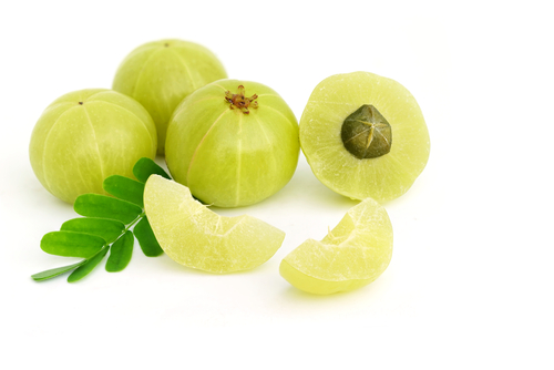 Natural-products-to-cure-white-hair-amla