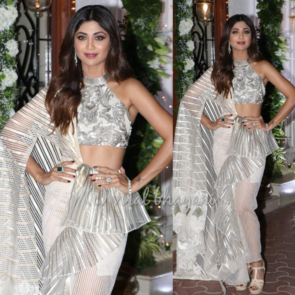 Shilpa-Shetty-at-her-diwali-party