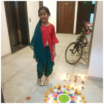 Diwali-looks-of-star-kids-child-actors-kulfi-kumar-bajewala-akriti-sharma