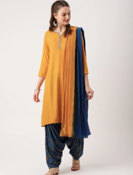 1-casual-online-punjabi-suit-designs