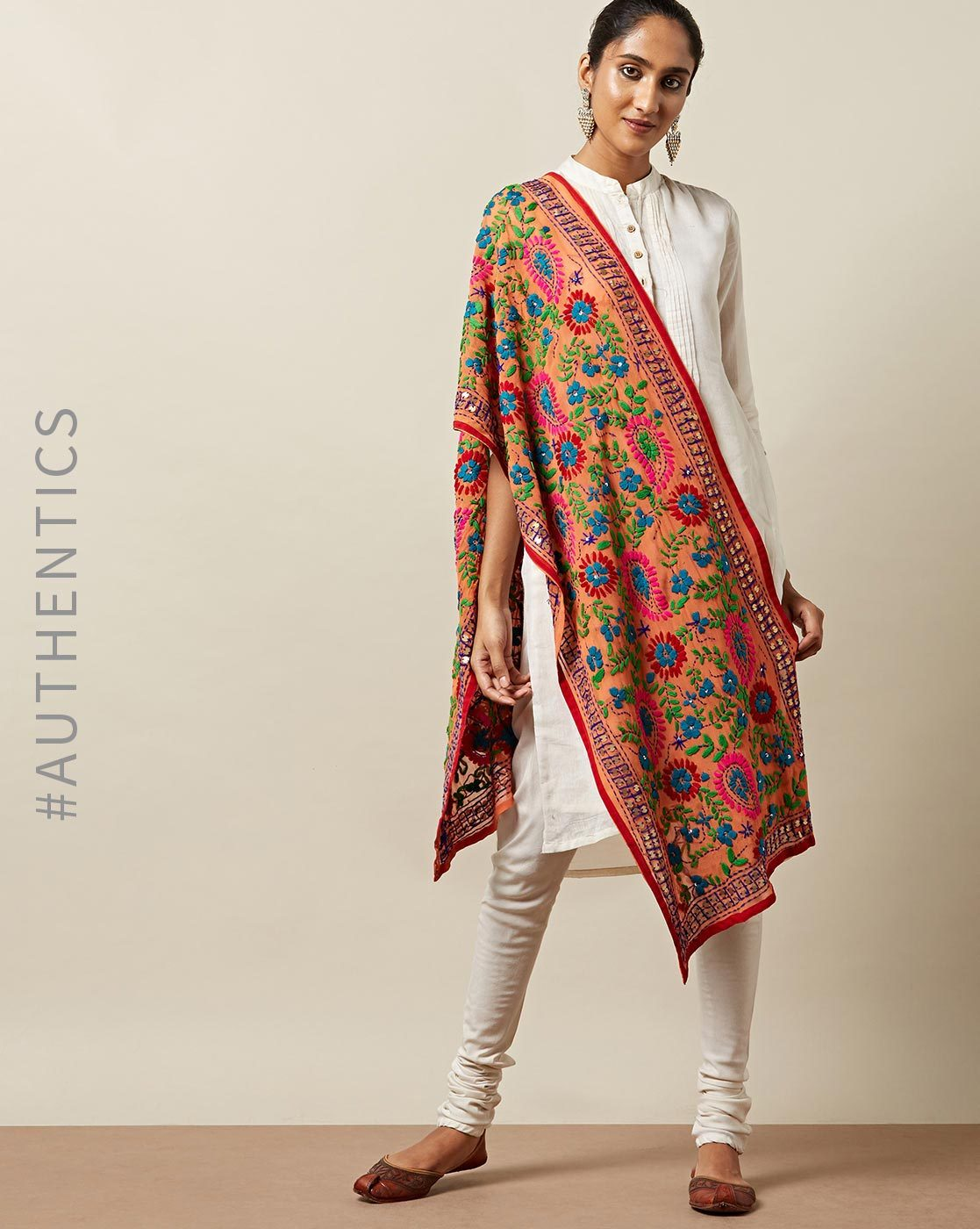 1-indie-picks-phulkari-dupatta-to-wear-with-punjabi-suit