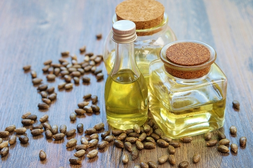 castor-oil-with-beans