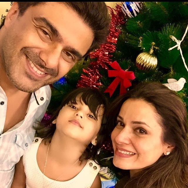 Bollywood celebs adopted kids 5