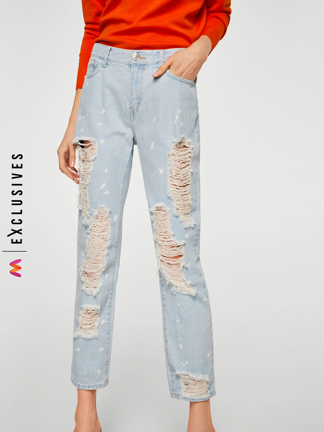 6-malaika-arora-khan-Blue-Relaxed-Fit-Mid-Rise-Highly-Distressed-Jeans