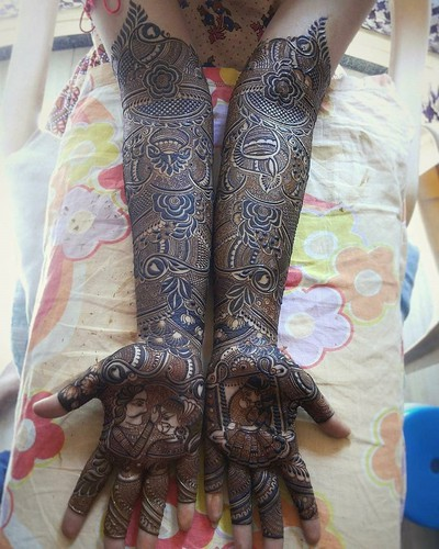 Traditional_mehndi_Design_in_marathi