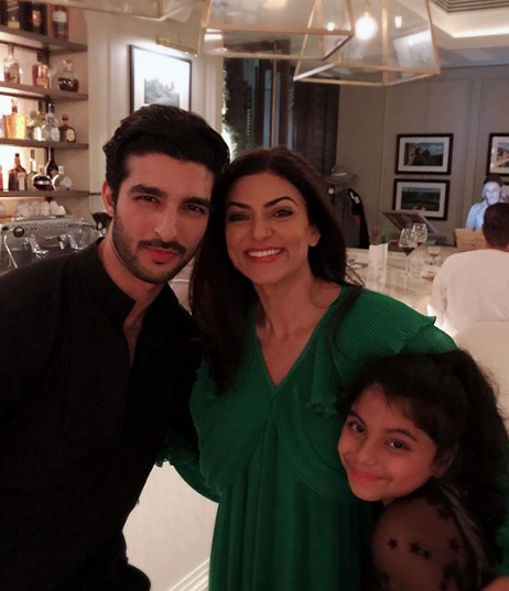 06 rohman shawl-sushmita sen-daughter-birthday party
