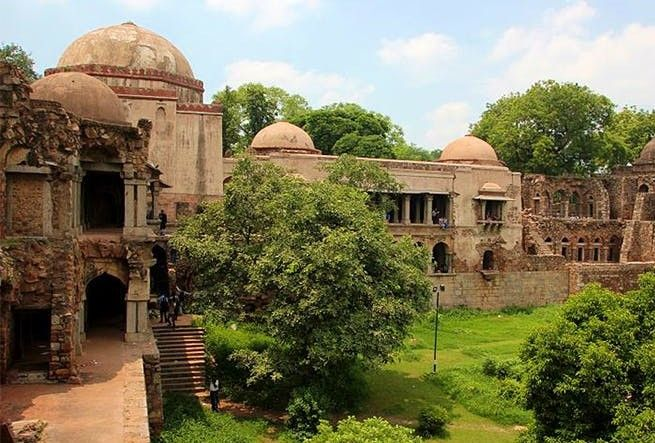 best Dating Place in Delhi-Hauz Khas Fort