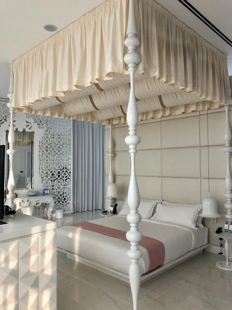 bed-bridal-suite-mondrian-doha-wedding-destination
