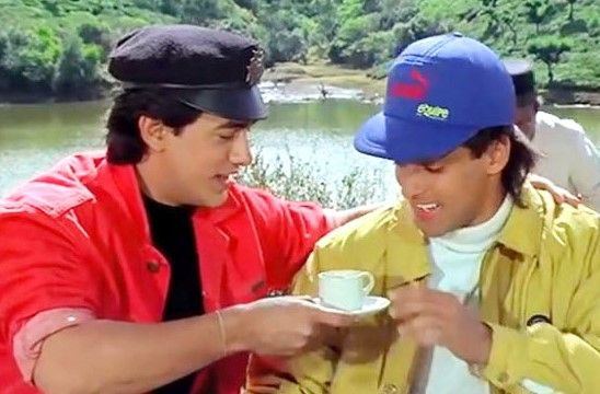 Andaz Apna Apna friendship dialogue