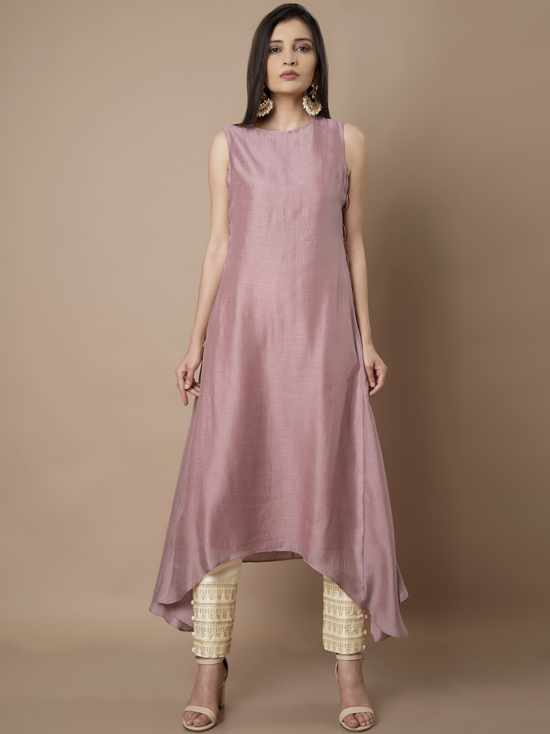 2-neck-designs-for-kurtis-Asymmetric-Kurti