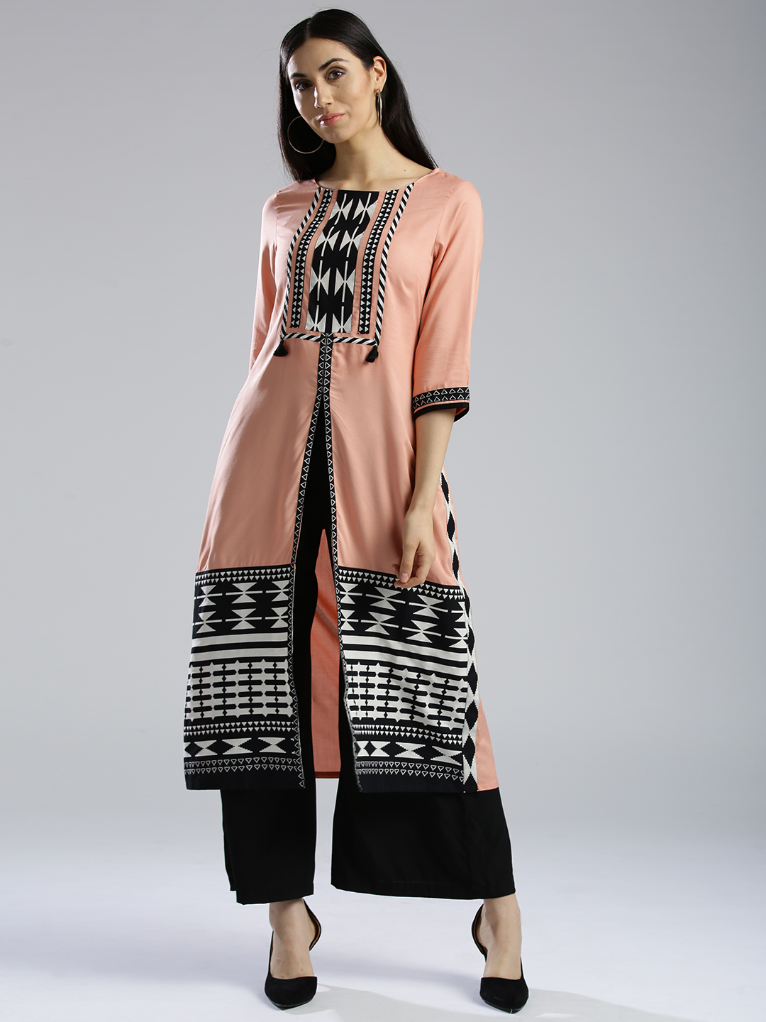 4-neck-designs-for-kurtis-Front-Slit-Kurti