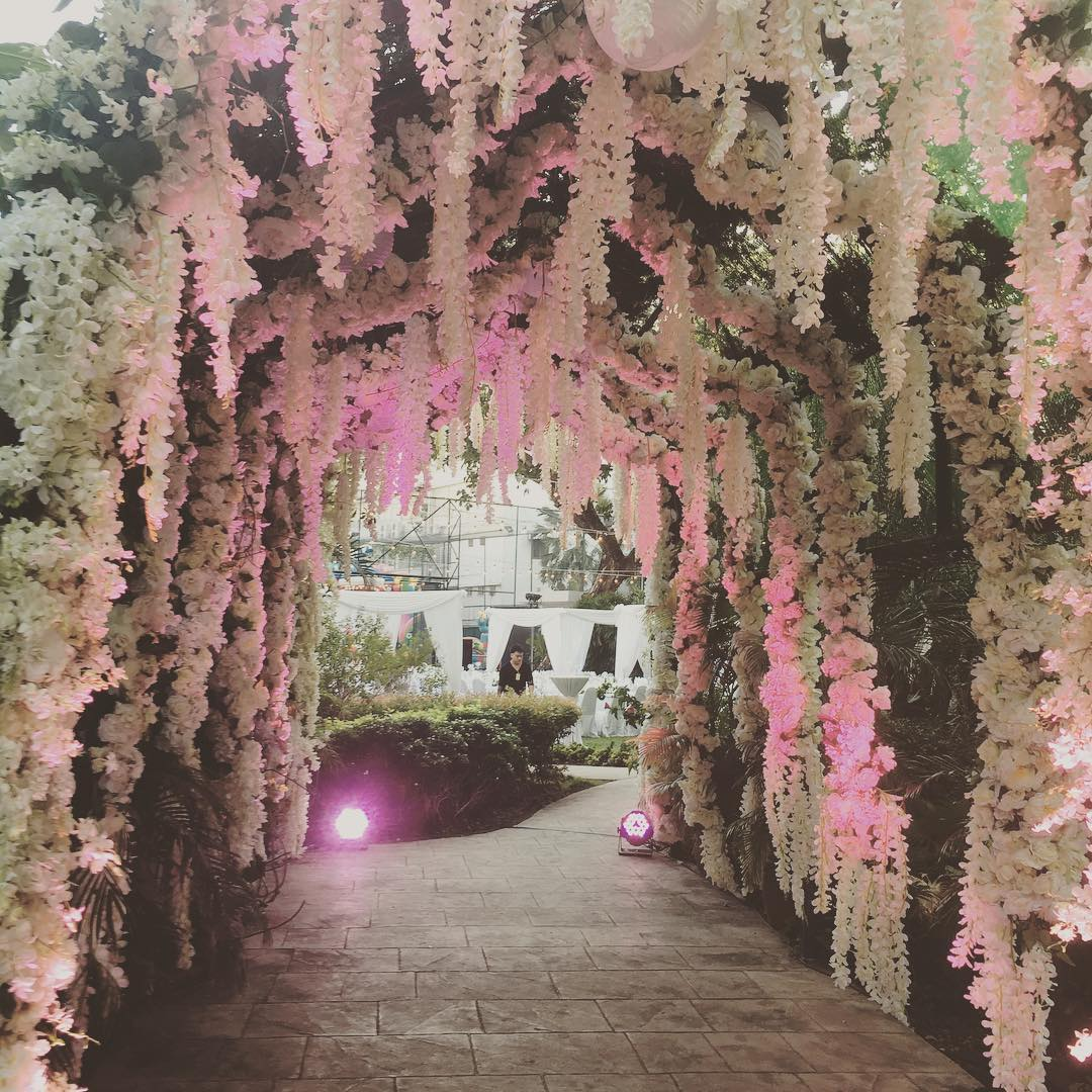 Wedding-Decor-Trends-Floral