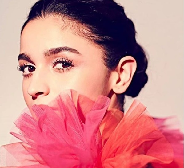 2-Alia-Bhatt's-Coral-Gown-Is-All-You-Would-Need-For-A-New-Year's-Ball-Situation