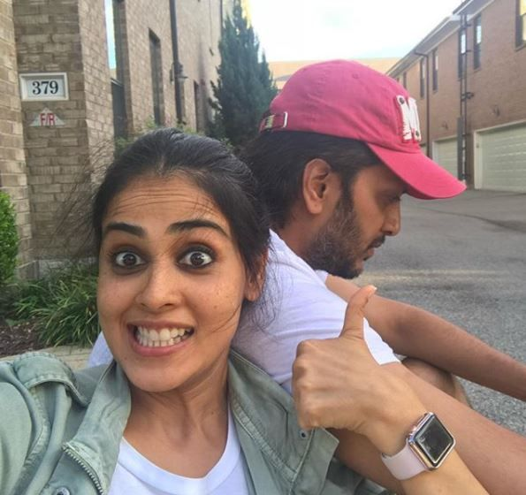 2. genelia wishes riteish deshmukh on his birthday