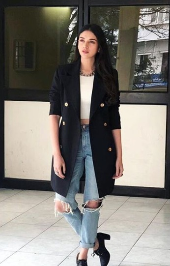 2-These-B-Town-Celebs-Have-Perfected-The-Art-Of-Layering-For-Winter