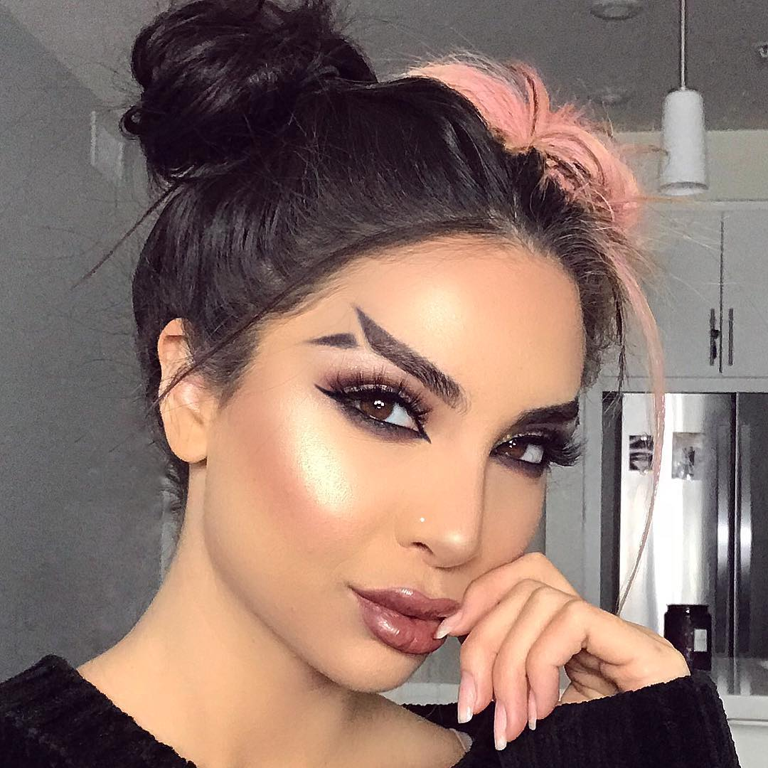 Fish-Tail-Brows